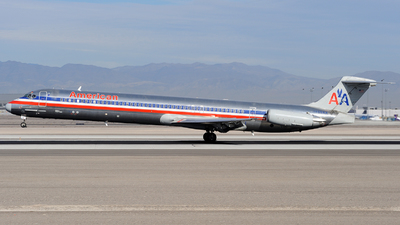 N489AA - McDonnell Douglas MD-82 - American Airlines