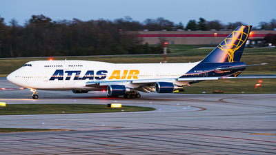 N322SG - Boeing 747-481 - Atlas Air