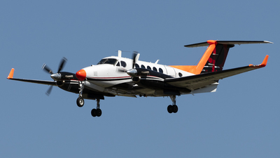 F-HNAV - Beechcraft 200CGT King Air - France - Direction Generale de l'Aviation Civile