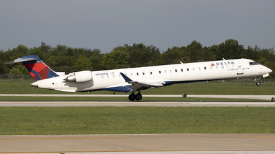 A picture of N293PQ - Mitsubishi CRJ900LR - Delta Air Lines - © Andrew Hutnyan