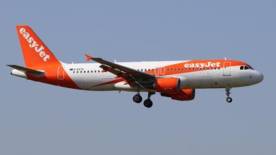 G-EZTK - Airbus A320-214 - easyJet