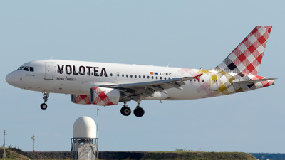 EC-MUC - Airbus A319-111 - Volotea