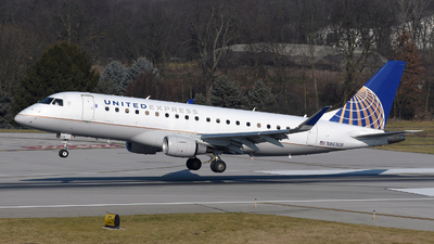 A picture of N86309 - Embraer E175LR - United Airlines - © DJ Reed - OPShots Photo Team