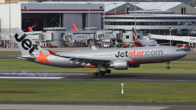 VH-EBB - Airbus A330-202 - Jetstar Airways