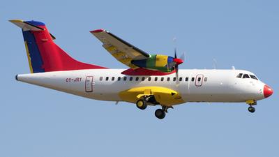 OY-JRY - ATR 42-320 - Danish Air Transport (DAT)