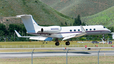 N550GW - Gulfstream G550 - Private