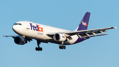 A picture of N661FE - Airbus A300F4605R - FedEx - © Evan Dougherty