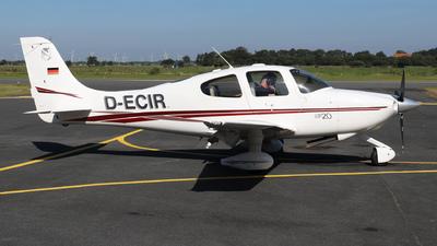 D-ECIR - Cirrus SR20 - Private
