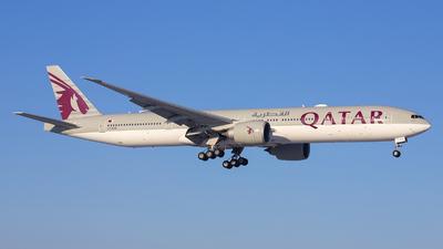 A picture of A7BAK - Boeing 7773DZ(ER) - Qatar Airways - © Bjorn van der Velpen