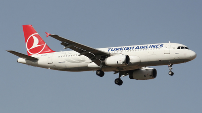 A picture of TCJPK - Airbus A320232 - Turkish Airlines - © Ali Mithat Ozdogan