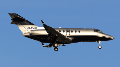 VH-BMW - Raytheon Hawker 850XP - Private