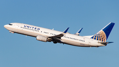 A picture of N17244 - Boeing 737824 - United Airlines - © Devon McCune