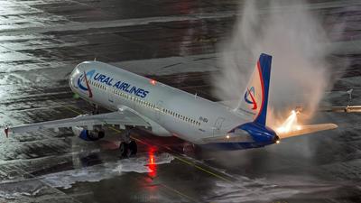 VQ-BDA - Airbus A321-211 - Ural Airlines