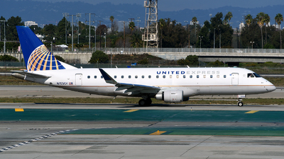 A picture of N153SY - Embraer E175LR - United Airlines - © Rocky Wang