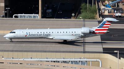 N740SK - Bombardier CRJ-701ER - American Eagle (SkyWest Airlines)