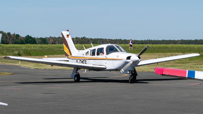 D-EMES - Piper PA-28R-201T Turbo Arrow III - Private