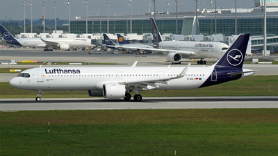 A picture of DAIEJ - Airbus A321271NX - Lufthansa - © Michael Stempfle