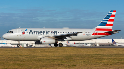 A picture of N647AW - Airbus A320232 - American Airlines - © Kevin Cargo