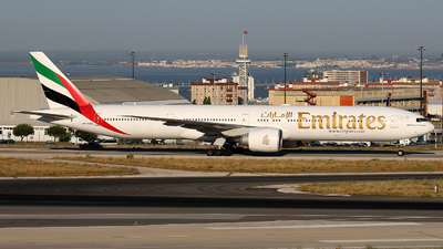 A6-EBN - Boeing 777-36NER - Emirates