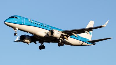 A picture of PHEZC - Embraer E190STD - KLM - © Brandon Hill