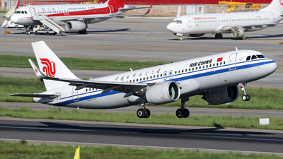 A picture of B301F - Airbus A320271N - Air China - © lihutao
