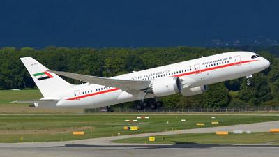 A6-PFC - Boeing 787-8(BBJ) Dreamliner - United Arab Emirates - Abu Dhabi Amiri Flight