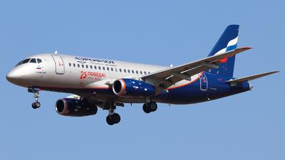 A picture of RA89111 - Sukhoi Superjet 10095B - Rossiya - © Vitaly Revyakin