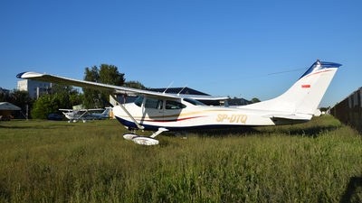 SP-DTQ - Cessna 182P Skylane - Private