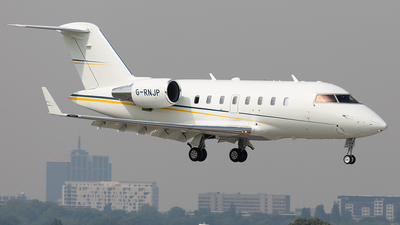 G-RNJP - Bombardier CL-600-2B16 Challenger 605 - Private