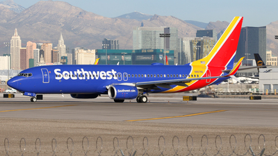 N8674B - Boeing 737-8H4 - Southwest Airlines