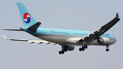 HL8228 - Airbus A330-223 - Korean Air