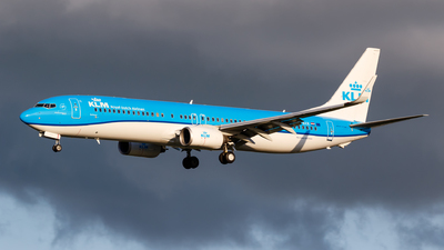 A picture of PHBXR - Boeing 7379K2 - KLM - © Matteo Lamberts