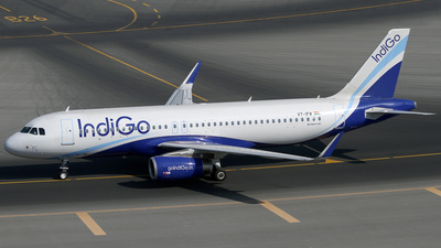 VT-IFW - Airbus A320-233 - IndiGo Airlines