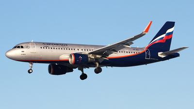 A picture of VPBIJ - Airbus A320214 - Aeroflot - © Airyura