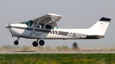 RA-1924G - Cessna 172C Skyhawk - Private