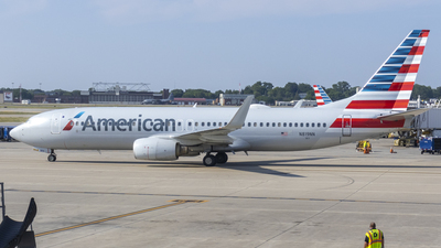 A picture of N819NN - Boeing 737823 - American Airlines - © Brad Ice