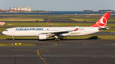 A picture of TCJOD - Airbus A330303 - Turkish Airlines - © OCFLT_OMGcat