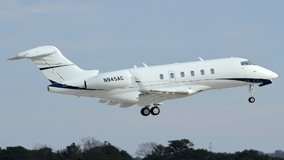 N945AC - Bombardier BD-100-1A10 Challenger 300 - Private