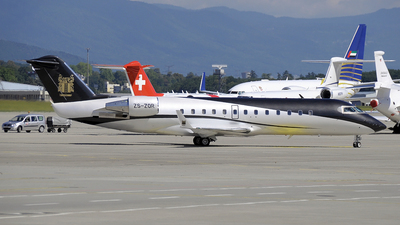 ZS-ZOR - Bombardier CL-600-2B19 Challenger 850 - ExecuJet Aviation
