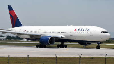 N860DA - Boeing 777-232(ER) - Delta Air Lines