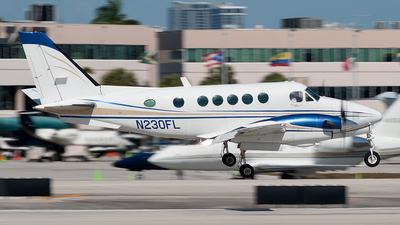 N230FL - Beechcraft A100 King Air - Private