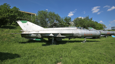 6504 - Mikoyan-Gurevich MiG-21MF Fishbed J - Poland - Air Force