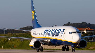 A picture of EIENJ - Boeing 7378AS - Ryanair - © Carlos Miguel Seabra