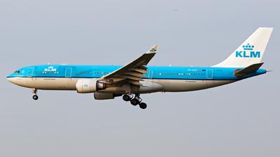 PH-AOI - Airbus A330-203 - KLM Royal Dutch Airlines