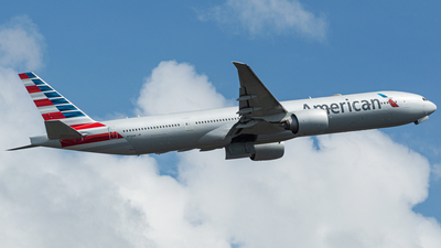 N733AR - Boeing 777-323ER - American Airlines