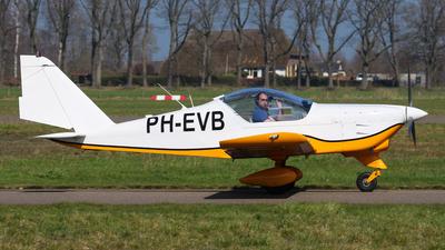 A picture of PHEVB - Aero AT3 R100 - [AT3057] - © BaszB