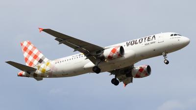 EC-ISI - Airbus A320-214 - Volotea
