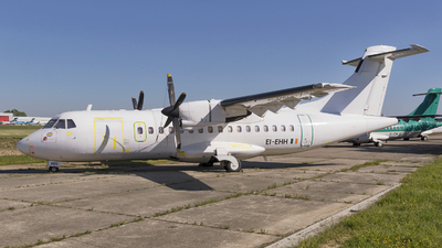 A picture of EIEHH - ATR 42300 - [0196] - © Manuel Acosta Zapata