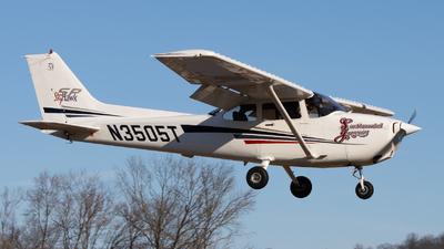 N3505T - Cessna 172S Skyhawk SP - Private