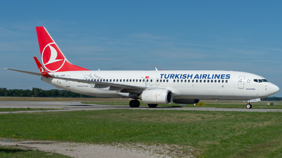 A picture of TCJVH - Boeing 7378F2 - Turkish Airlines - © Thomas Ernst